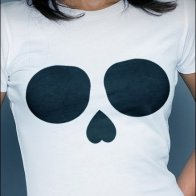 Skull T-Shirt in Black and White Aux