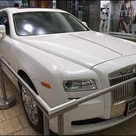 Buying a Rolls Royce at the Mall 1