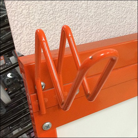 Zigzag Safety Loop Hook