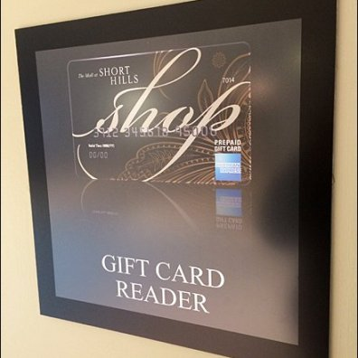 Gift Card REader Amenity at Short Hills Mall