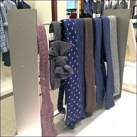 Necktie Trellis Main