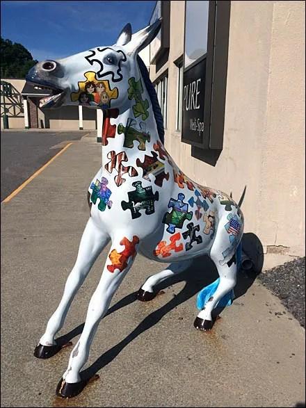 Pennsylvania Mule Tourist Mascot