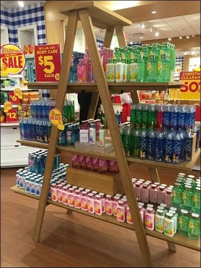 Bath & Body Works Laddered Display Aux