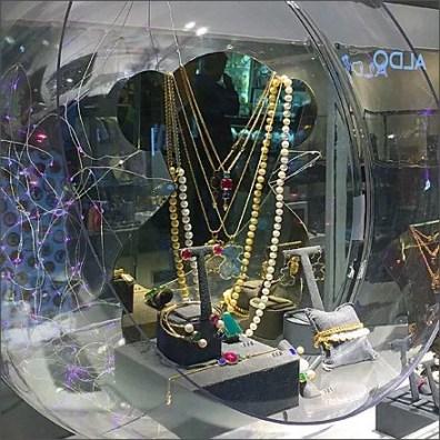 Sphere Museum Case 5