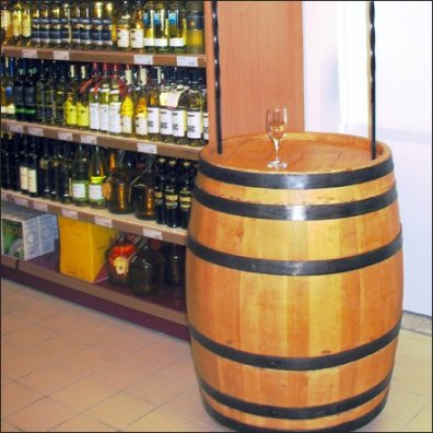 In-Store Winex Tasting Barrel 1