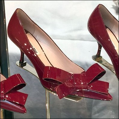 Be-Ribboned High Heels 2