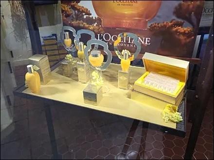 Pedestal Halos by L'Occitane