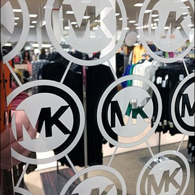 Michael Kors Branded Step-And-Repeat Mirror