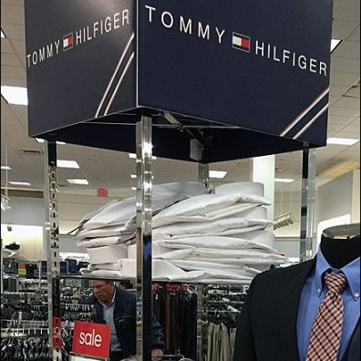 Tommy Hilfiger Verical Branding 3