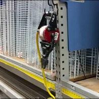 Pneumatic Cutter J-Hook for Pallet Rack 2