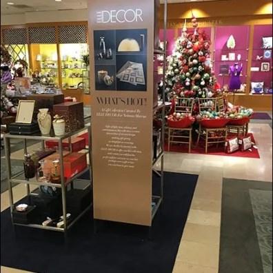 Elle Decor Vertical Christmas Sign 2