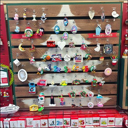 Faux Pallet Christmas Ornament Display – Fixtures Close Up