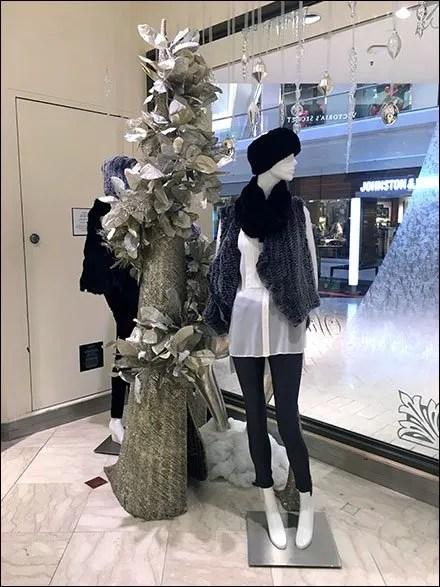 Saks Christmas Tree 1