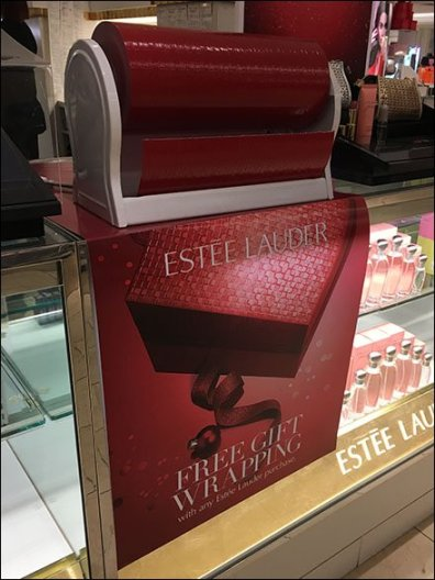 Estee Lauder Gift Wrap in Red