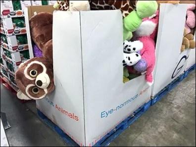 Eyenormus Gund PlushMerchandising Bulk Bin