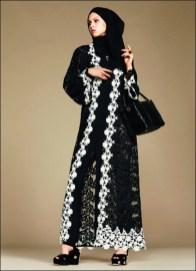 Dolce & Gabbana Hijab 1