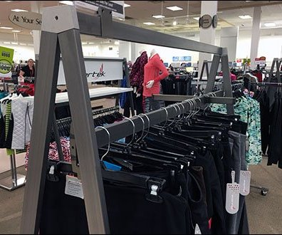 Apparel Rack Triangle 1