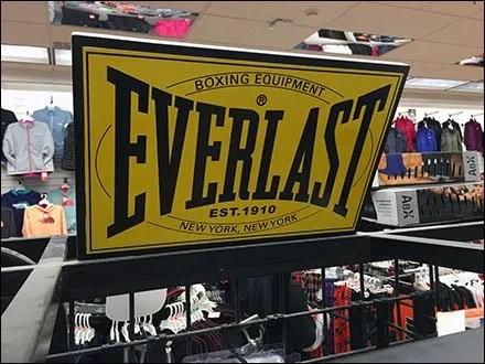 Everlast Heavy Boxing Bag Branding