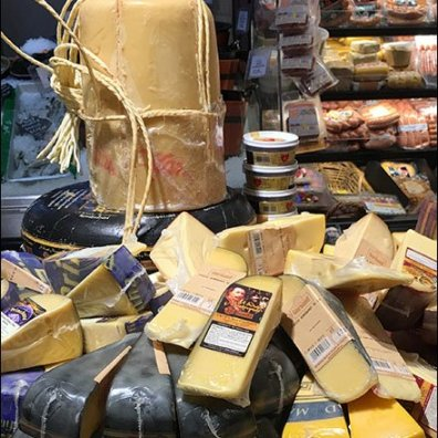 Gourmanoff Cheese Wheel Drum Display 3
