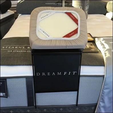 Sleeps DreamFit Footboard Display 3