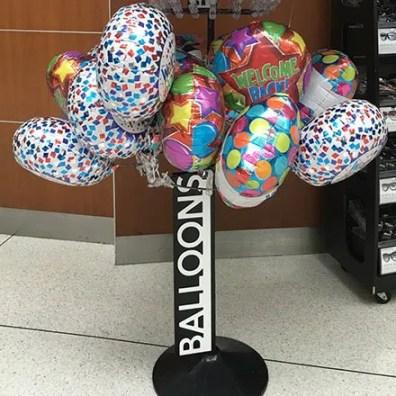 Balloon Tree JFK Concourse Feature