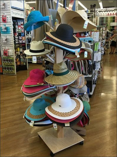 Summer Hat Rack 1