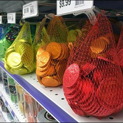 Chocolate Coin Mesh Bags Hooked 3
