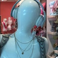 Headphone Mannequins 3