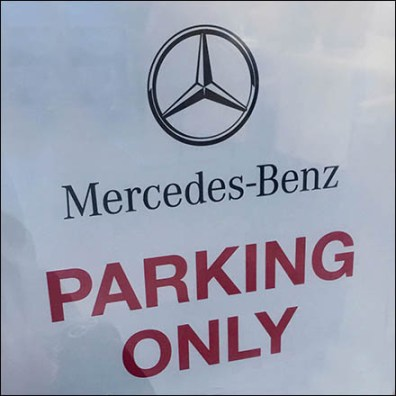 Mercedes Benz Manhattan MB Parking Only Feature