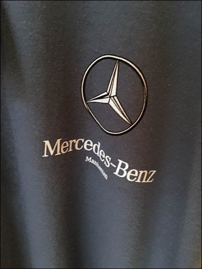 Mercedes Benz Manhattan Spiral T-Shirt Rack 3