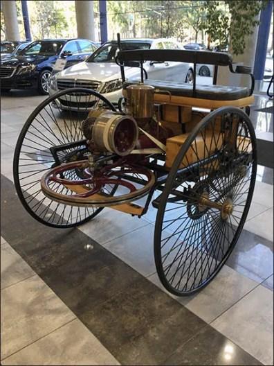 Mercedes Benz Manhattan Vintage Vehicle 3