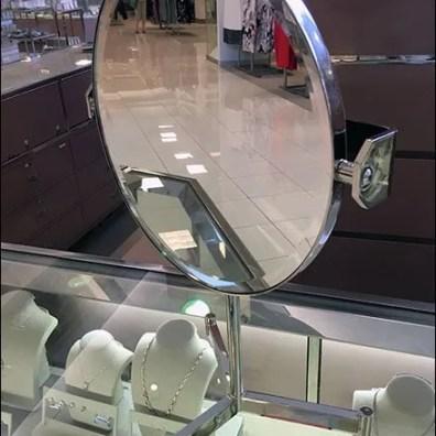 Mirror Tripod Amenity 1