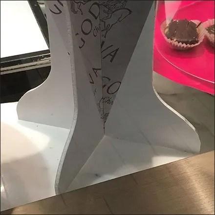 godiva-berry-cone-foamcore-dimensional-feature