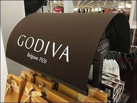 godiva-chocolate-display-curved-awning