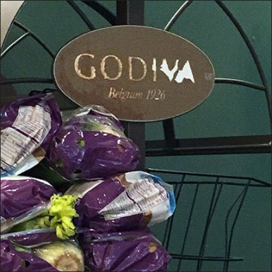 godiva-chocolate-rack-pirated-by-gourmanoff-greengrocer-feature