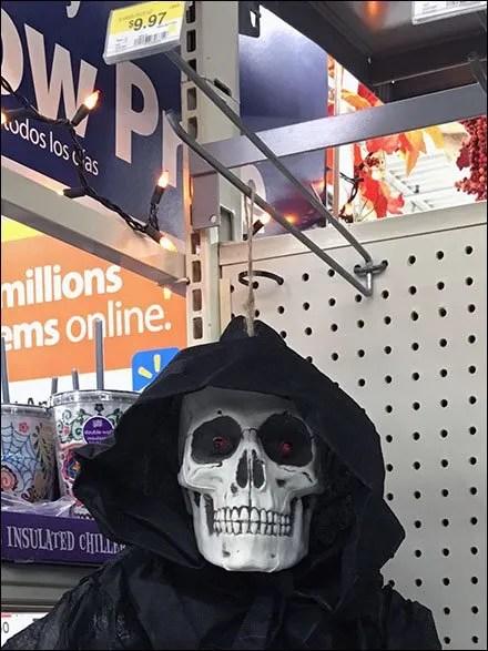 halloween-ghoul-twine-hang-main