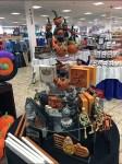 halloween-pumpkin-riding-pedestal-aux