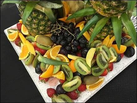 littman-jewelers-vip-pineapple-tree-landscaping-main