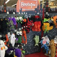 Petco Halloween Pet Costume Boutique 2