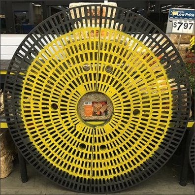 Circular Dunnage Rack Fall Visual Merchandising
