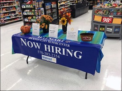 fall-hiring-decorations-and-table-drape-1