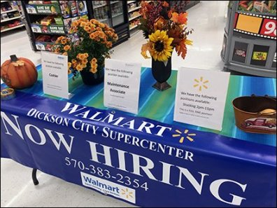fall-hiring-decorations-and-table-drape-2