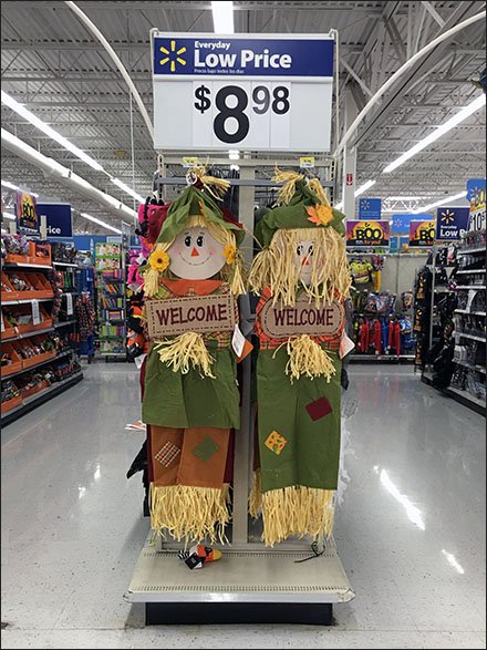 fall-thanksgiving-welcome-scarecrows-bar-hooked-1