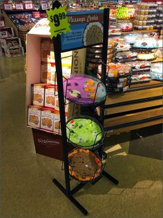 halloween-message-cookie-rack-2