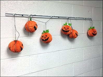 halloween-pumpkin-channel-single-prong-display-hooks-1