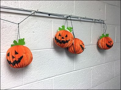 halloween-pumpkin-channel-single-prong-display-hooks-2