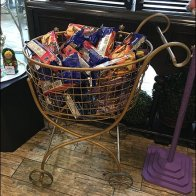 ornate-shopping-cart-as-bulk-bin-1