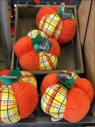 plush-fall-pumpkins-2