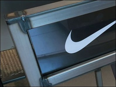 nike-brazed-sign-stand-3