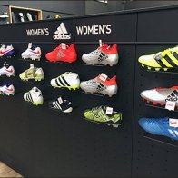 adidas-womans-sneaker-plug-in-wire-ledge-1